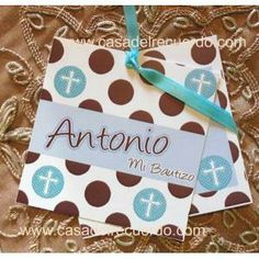 Paq. con 30 invitación doble cruz polka dot chocolate
