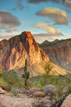 #Superstition Mountains, #Arizona