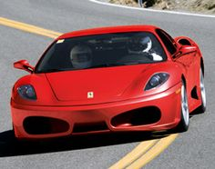 Ferrari Erlebnisse -   Ferrari Erlebnisse  Ferrari Erlebnisse    Fürs Herz und für die Ohren.    Schön rot (oft) und schön stark (immer) ist er. Er geht unter die Haut. Er geht ins Blut. Er geht in die Ohren. Er geht Dreihundert.    Ferrari ist Mythos. Ferrari fahren ist mystisch. Träumen Sie. Dann nehmen Sie Platz. Nein, nicht rechts. Sie sitzen links - hier ist der Schlüssel