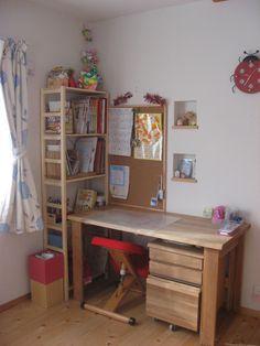 「」コーディネートNo.521709   iemo[イエモ] Corner Desk, Furniture, Home Decor, Corner Table, Interior Design, Home Interior Design, Arredamento, Home Decoration, Decoration Home
