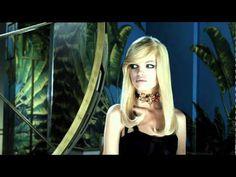 ▶ La vidéo Versace pour H&M - YouTube Versace's H&M  advertisement is full of Monarch programming. ..