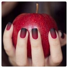 Ombre nails. Love the combo of red & black. Tres edgy