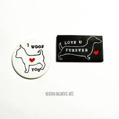 There's nothing like dog love ♡. Dachshund & Chihuahua.  #nevenkabalunovicarts #myart #dog #polymerclay #magnet #dogs #handmade #project…