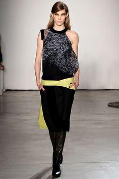 Pedro Lourenço Fall 2012 Ready-to-Wear Fashion Show - Irina Nikolaeva (FORD)