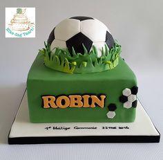 1st Holy Communion cake #soccer #communietaart jongen #voetbaltaart