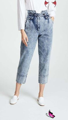 Sea Jocelyn Acid Wash Jeans '80s Distress | Denim Trends Fall 2018 | POPSUGAR Fashion Photo 1<br> Fall 2018's biggest denim trends are actually pretty easy to pull off, and that's because there's a flattering fit for every type of gal. Whether you're still Smart Casual Footwear, Smart Casual Men, Outfits 80s, Jean Outfits, Club Outfits, Night Outfits, Jeans Casual, Jeans Style, Acid Wash Jeans