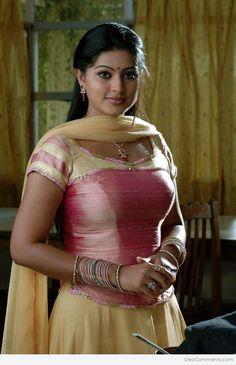 Beautiful Girl Indian, Most Beautiful Indian Actress, Most Beautiful Women, Indian Actress Images, Indian Girls Images, South Indian Actress, Actress Photos, Indian Natural Beauty, Indian Beauty Saree