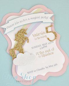 Invitación del cumpleaños de unicornio besos por propshopboutique