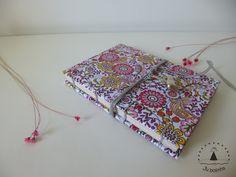 Caderno Primavera. Todo feito à mão :)