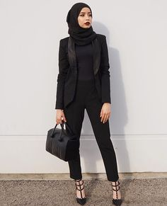 Office Look Formal Hijab - Office Islamic Fashion, Muslim Fashion, Modest Fashion, Trendy Fashion, Fashion Outfits, Dress Fashion, Fashion Clothes, Fashion Black, Monochrome Fashion