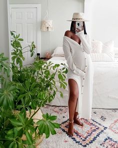 Ohhhh Keke Hubby and I had another talk. aYou can find Pregnancy fashion and mo. Stylish Maternity, Maternity Fashion, Maternity Style, Dope Outfits, Fashion Outfits, Fashion Tips, Fashion Bloggers, Pregnancy Outfits, Pregnancy Fashion