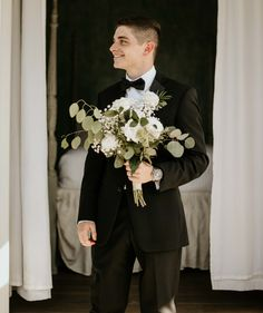 Groom    Autumn Severns Photography Photography Business, Wedding Photography, Groom, United States, Autumn, Wedding Dresses, Wedding Shot, Fall, Bridal Dresses