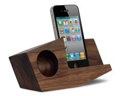 Works with iPhone 4, 4S, 5, and 5S. You can use with your phone in portrait mode or landscape. Also available in Maple, Beetle Kill Pine, Ambrosia Maple, Sapele, and Cherry.