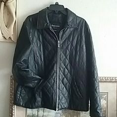 💯 Genuine Leather Jacket 90's Women's diagonal quilt leather jacket. EUC. Has small tear in lining behind label. Silver zip, two pockets. Lining 100% polyester. Dry clean only. Dimensions Jackets & Coats
