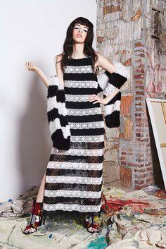 puzzled stripes || black + white sleeveless sheer casual sweater dress | contrast matching thick knit cardigan || Alice + Olivia 2017