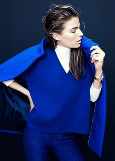 Cameron Russell for J.Crew Collection, October 2013 I ADORE this color. A Pea coat in this shade would be on the top of my winter wardrobe wish list! Style Bleu, My Style, Blue Fashion, Colorful Fashion, Cameron Russell, Yves Klein Blue, Bleu Cobalt, Azul Real, Outfits Mujer