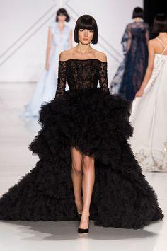 c8e080ee2f52a Dior, Chanel, Valentino   le grand bal des robes de rêves haute couture