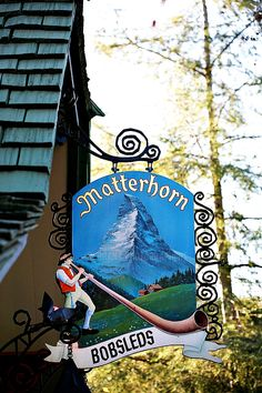 Disneyland // Matterhorn Bobsleds // Fantasyland favorite ride ever Disney Sign, Disney Theme, Disney Love, Disney Magic, Disney Parks, Disney Pixar, Walt Disney, Punk Disney, Disney Stuff
