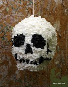 Day of the Dead party - Skull Piñata