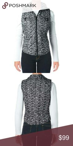 MICHAEL Michael Kors NWT Black Puffer Vest XS MICHAEL Michael Kors Black Puffer Snake Print Packable Vest XS  Manufacturer: MICHAEL Michael Kors Size: XS Size Origin: US Manufacturer Color:?Black Retail:?$150.00 Condition:?New with tags Style Type:?Packable Vest Collection:?MICHAEL Michael Kors Closure:?Zipper Material:?100% Polyester MICHAEL Michael Kors Jackets & Coats Vests
