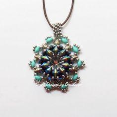 e829c19766bb aretes con cristales de Swarovski Salomé majestuosa azul y perlas de cal y  vidrio y Amos® Khéops® por Puca®