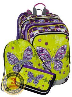 Štvorkomorový dievčenský školský batoh s potlačou. Ideálny školný batoh pre malé moderné parádnice. Školský batoh je určený svojimi rozmermi pre 1. stupeň ZŠ, hlavne pre 1. – 3. triedu. Vera Bradley Backpack, Backpacks, Bags, Products, Handbags, Taschen, Purse, Purses, Backpack