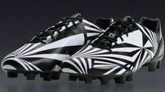 wholesale dealer 39575 775e1 Despite being a complete one-off, these striking Puma prototypes have drawn  a huge amount of interest from the football boots community over the past  few ...