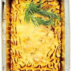 Ät en god middag ikväll. Testa receptet på den här fiskgratängen. Receptet och mer inspiration finner du på Tasteline.
