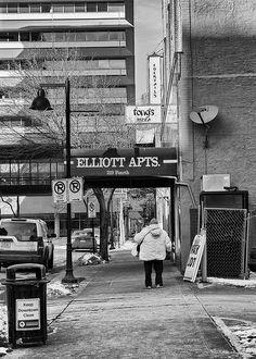 It Sure Can Get Cold in Des Moines   © 2014 Michael F. Hiatt