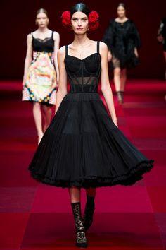 Sfilata Dolce & Gabbana Milano - Collezioni Primavera Estate 2015 - Vogue