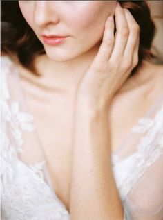 Bridal Hair and Makeup | Esteem Makeover | Fine Art Curation | Wedding Sparrow