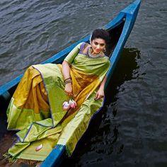 Exclusive Collection of Indian Celebrity Sarees and Designer Blouses Indian Silk Sarees, Ethnic Sarees, Indian Beauty Saree, Phulkari Saree, Kanjivaram Sarees, Salwar Kameez, Green Sari, South Indian Actress Photo, Bridal Mehndi Dresses