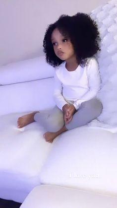Cute Mixed Babies, Cute Black Babies, Beautiful Black Babies, Beautiful Children, Cute Babies, Black Baby Girls, Cute Baby Girl, Pretty Pregnant, Cute Baby Wallpaper