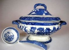 China, Porcelain, & Pottery - Blue Willow China