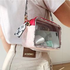 fashion, Louis Vuitton, and bag image Fashion Bags, Fashion Handbags, Fashion Accessories, Fashion Outfits, Womens Fashion, High Fashion, Fashion Ideas, Mode Ootd, Accessoires Iphone