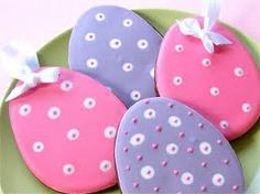 more eggs Egg Biscuits, Easter Biscuits, Simnel Cake, Easter Ideas, Cupcake Cookies, Easter Eggs, Xmas, Festive, Handmade