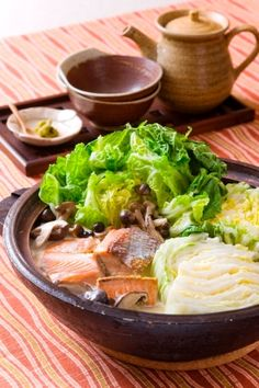 "The soy milk pan of a salmon and Chinese cabbage ""インパクト大! 鮭と白菜の豆乳鍋/鍋 Col China, Chinese Cabbage, Soy Milk, Hot Pot, Diy Food, Japanese Food, Lettuce, Sushi, Salmon"