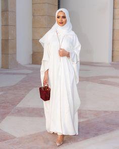 Muslim Fashion 404690716520209006 - Source by awaclb Modern Hijab Fashion, Street Hijab Fashion, Islamic Fashion, Abaya Fashion, Muslim Fashion, Modest Fashion, Fashion Outfits, Long Fall Dresses, Niqab