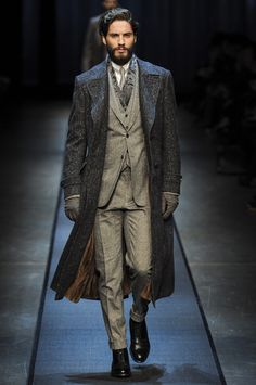 Canali Fall 2013 Menswear Collection Slideshow on Style.com