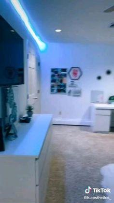 Room Design Bedroom, Girl Bedroom Designs, Bedroom Layouts, Room Ideas Bedroom, Dream Rooms, Dream Teen Bedrooms, Dope Rooms, Pinterest Room Decor, Neon Room