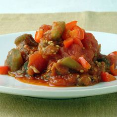 Баклажаны в томатном соусе с чесноком на зиму