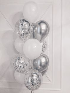 Ideas Birthday Decorations Party For 2019 Silver Party Decorations, 21st Birthday Decorations, Balloon Decorations, 18th Birthday Decor, 20th Birthday, Happy Birthday, Birthday Parties, Birthday Desert, 21st Party