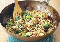 Asian Recipes, New Recipes, Cooking Recipes, Ethnic Recipes, Plats Healthy, Batch Cooking, Gordon Ramsay, Crunch, Spaghetti