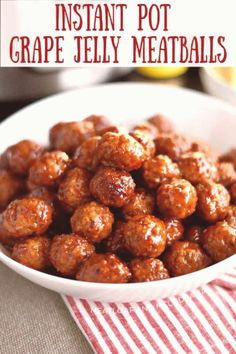 #Meatballs #with #grape #jelly #perfect #parties ingredients appetizers instantpot appetizer meatballs melodrama meatloaf potlucks pressure parties perfect minutes instant cooker recipe Instant Pot Grape Jelly Meatballs with sweet chili sauce is a quick and easy appetizer recipe made You can find Meatballs with grape jelly and more on our website Grape Jelly Meatballs, Sweet Meatballs, Crock Pot Meatballs, Quick And Easy Appetizers, Easy Appetizer Recipes, Appetizers For Party, Party Snacks, Costco Appetizers, Seafood Appetizers
