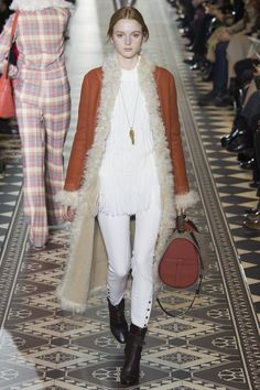 The 12 Runway Trends of Fall 2016: Warm Fuzzies - Tory Burch