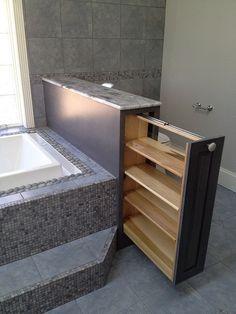 Great idea for storage in bathroom                                                                                                                                                                                 Más
