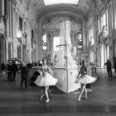 giuliaemmanocerino #milano #stazionecentrale #ballerine #dance #dancing #event #ipadair2 #photo