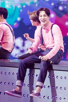My kai when ur smilling .....im melting