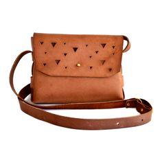 Ilundi Leather Bags - Triangle Showers Sling Bag – Tan