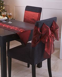 Pack of 2 Chair Bows Christmas Bedroom, Christmas Kitchen, Rustic Christmas, Christmas Home, Christmas Table Settings, Christmas Table Decorations, Christmas Chair Covers, Home Decor Near Me, Chair Bows